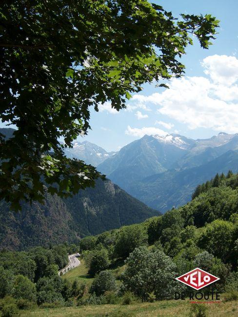 La montée de l'Alpe d'Huez et ses 21 virages sonne le glas des moins résistants