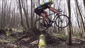 gallery Vidéo / Chriscross : Quand Chris Akrigg se met au cyclo-cross !