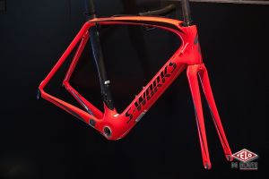 Et le frameset S-Works Venge Rocket Red, il vous plaît ?