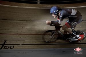 gallery Record de l'heure : Les images de Matthias Brändle à l'entraînement