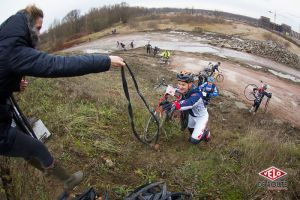 gallery Cyclo-cross : Red Bull Tout Droit