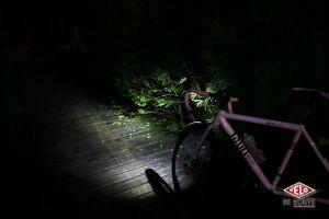 gallery Essai / Lampe Ferei BL511, le phare de poche