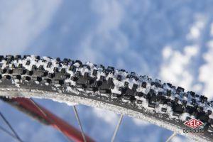 Les petits crampons des Racing Ralph restent efficace tant que la neige est suffisament froide