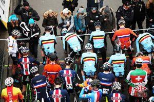 gallery Championnats du monde de cyclo-cross / De la boue, des crevaisons et Van Aert gagne à la fin