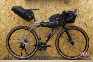 Bombtrack Audax 2018 prêt pour le bikepacking