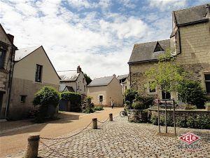 Etape 2 : Behuard, un petit village à proximité de Savennières. Situé sur une ile de la Loire, il a été de nombreuses fois inondé mais il est parfaitement entretenu et mérite le détour.