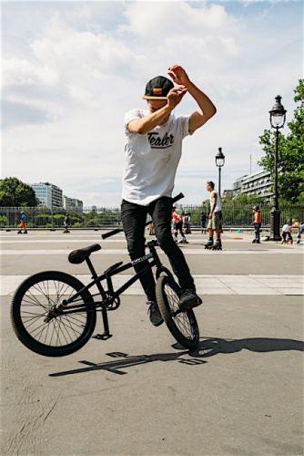 gallery Urbanus Cyclus: le vélo dans la ville s'expose