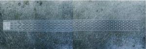La plaque de métal estampée donne naissance aux plaques des futures chaînes