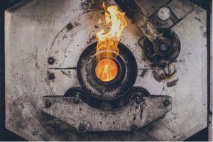 L'un des fours de traitement thermique : chaud devant !