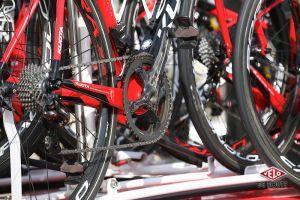 116ème Paris-Roubaix le matériel des professionnels