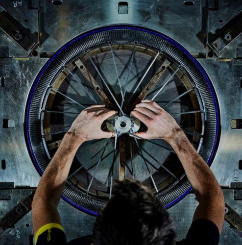 gallery Mavic Cosmic Ultimate / Bye bye les boyaux !