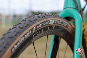 Roues Hunt et pneus Challenge, de bons choix !