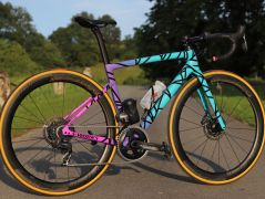 VDR te donne la parole - Le Specialized Tarmac Mixtape collection de Mathilde