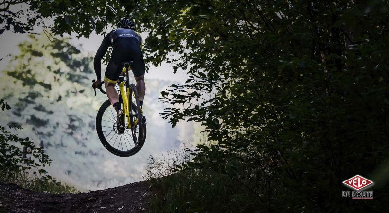 Infos Vélo : Canyon Inflite CF SLX – le cyclo-cross en